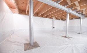 Crawl space structural support jacks installed in Pinehurst