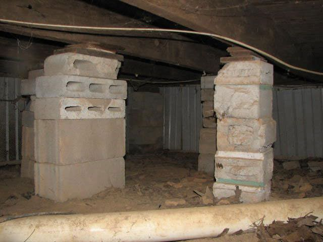 Crawl space jacks installed by authorized foundation for Post and pillar foundation